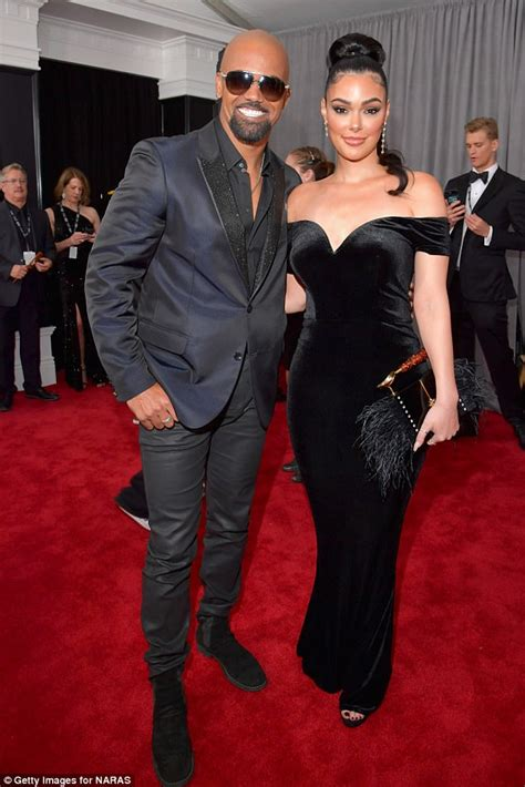 Carpet No No Courtesy Of Shemar by Grammys 2018 Shemar Takes Date Anabelle Acosta