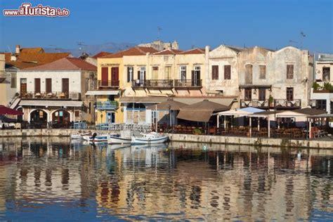 porto isola di creta rethymno e il suo porto veneziano siamo sull isola
