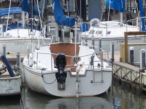 largest swing keel sailboat catalina 22 swing keel 1982 lake conroe texas sailboat
