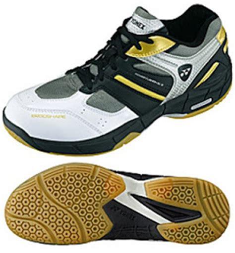 Sepatu Badminton Asics sepatu badminton yonex shb sc2 sepatu zu