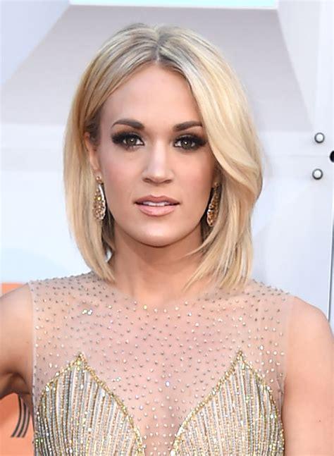 [PHOTOS] Carrie Underwood?s ACM Awards Hair & Makeup