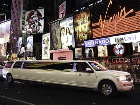 New York Limo by Ny Wedding Limo 4 Hours From Nyc Royal Limo Limoscanner