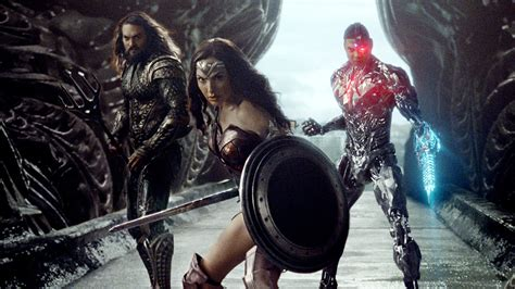justice league feature film justice league movie photo released the feature presentation