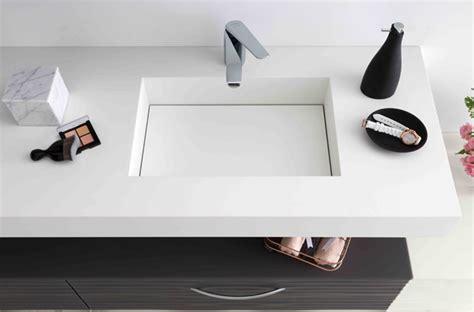 Impressionnant Salle De Bain Avec Toilette #2: salle_de_bain_mobalpa_plans_toilette_stratifiee_quartz_luxe_verre_synthese_natural_plan_corian_dupont_5.jpg