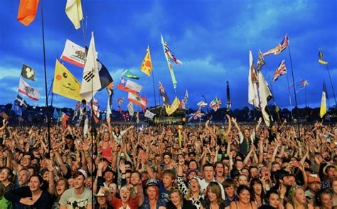 glastonbury festival  sell   record time