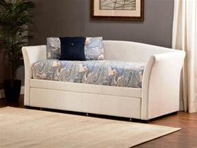 Daybed Pop Up Trundle Daybed Pop Up Trundle Cadel Michele Home Ideas Comfortable Daybed Trundle Designs