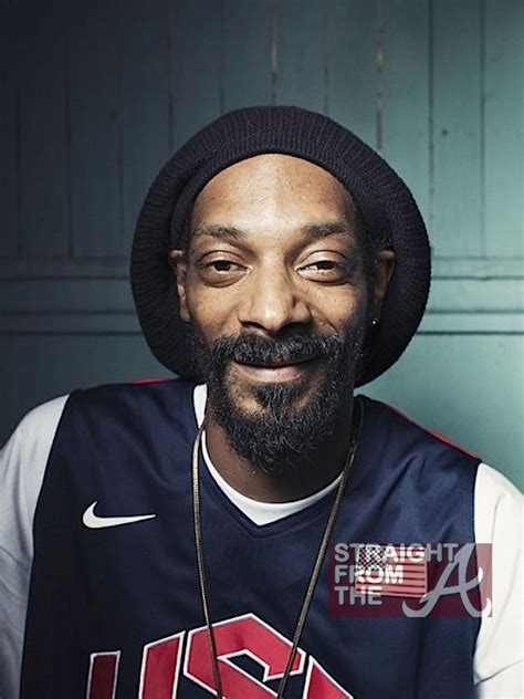 snoop dogg snoop dogg gives up rap and does a diddy i e changes his name photos