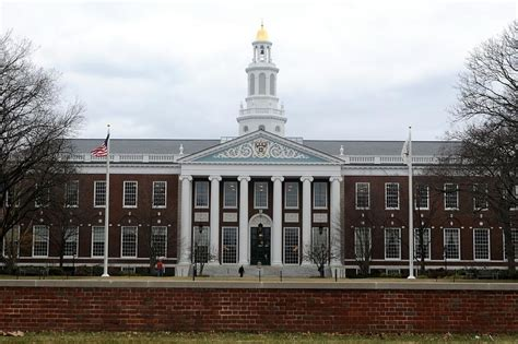 Cost Of Mba Harvard by Business School To Target S Colleges In Recruitment