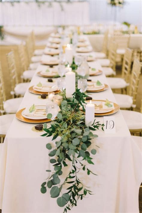 Flower Ideas Gold Wedding by Best 25 Greenery Centerpiece Ideas On Simple
