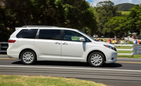 toyota sienna car and driver