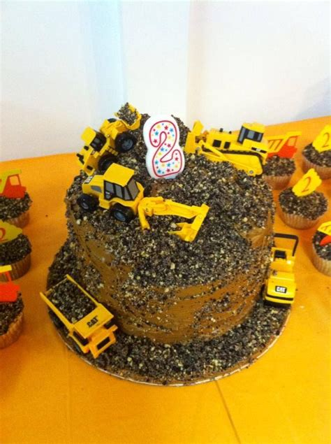 construction 2nd birthday cake 17 best images about construction birthday on pinterest