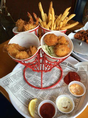 Tv Dinners Forrest Gumps Coconut Shrimp by Forrest S Seafood Feast Picture Of Bubba Gump Shrimp Co