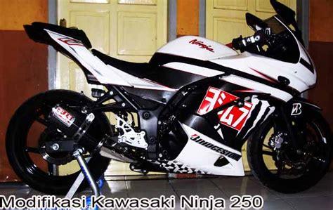 Kawasaki Ninja 250r Aufkleber by Keren 20 Modifikasi Ninja 250 Paling Mengerikan