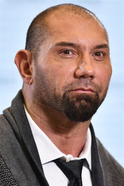 lea seydoux natal chart ex wrestler bautista joins pantheon of bond villains