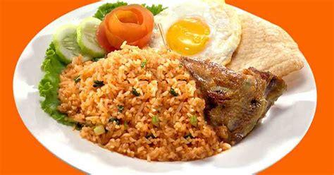 resep membuat nasi goreng gulung telur dadar lezat umi resep resep nasi goreng sederhana resep masakan