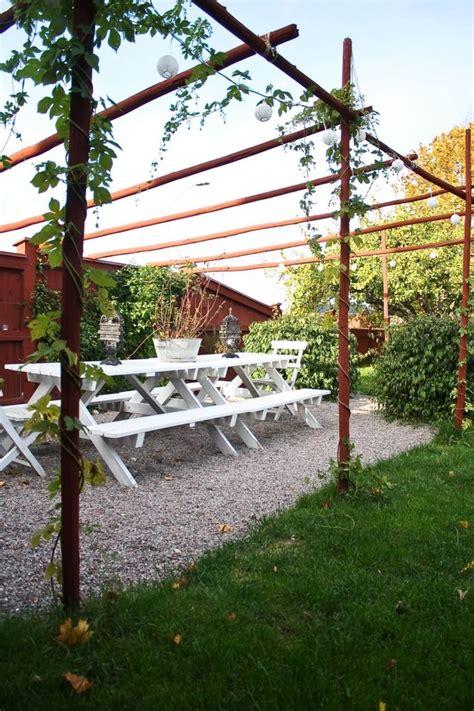 definizione di tettoia patio o corte definizione e differenze con pergolato e gazebo