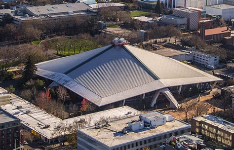 Two Story Homes by Keyarena Renovation Groups Have Different Strategies For