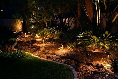 Low Volt Landscape Lighting Outdoor Lighting For Landscaping Projects Quinju