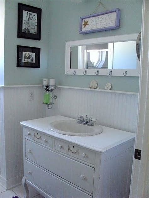 Oh How I Want A Coastal Style Bathroom With Wood Panels Coastal Bathrooms Ideas