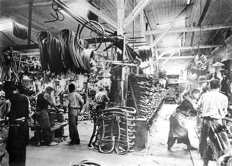 fabbriche di sedie thonet l azienda ha inventato il design moderno