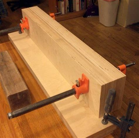 homemade bench vise plans 17 best images about woodworking moxon vise on pinterest