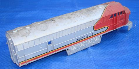 ahm associated hobby manufacturers ho scale train track 24 ahm ho scale santa fe 5028 c liner diesel electric railway