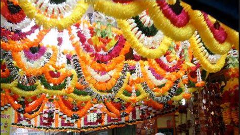 Flower Decoration For Satyanarayan Pooja by Flower Decoration Ideas Pooja Room Pooja Room