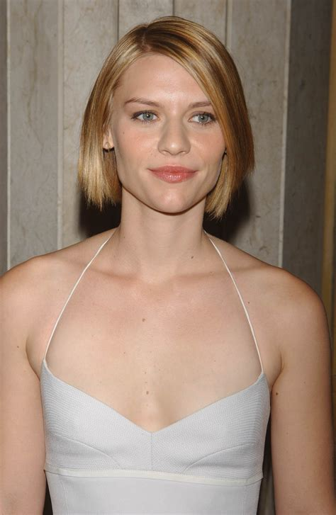 claire danes short hair slightly shorter here with a jaw skimming bob cut claire