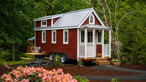 tiny house buy which tiny house should you buy curbed
