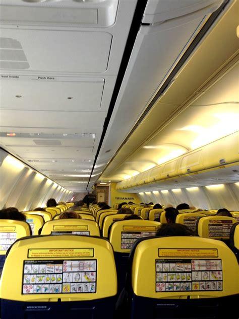 aerei ryanair interni perch 233 volo anche con ryanair