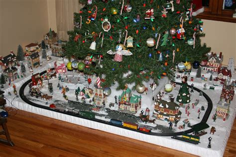 best 28 christmas tree platform dejavu crafts cutiest