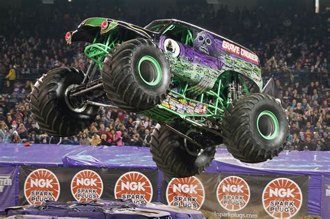 monster jam new trucks my interview with carl van horn grave digger driver for