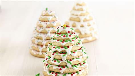 christmas 3d cookies 3d tree cookie stacks recipe bettycrocker