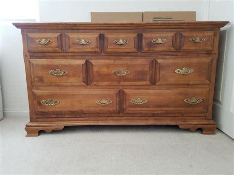 Antique Maple Bedroom Furniture Antique Maple Bedroom Furniture Vintage Maple Bedroom Set Ebth Redroofinnmelvindale