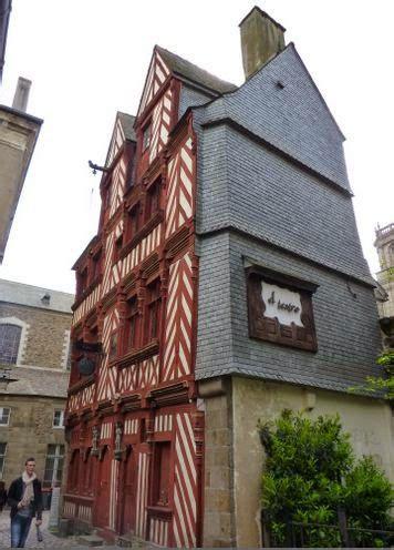Rue Guillaume Rennes by Casa Du Guesclin En La Rue Guillaume Rennes