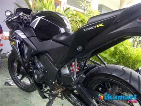Sein Peluru Hitam Motif jual jogja cbr 150 hitam abs built up thailand motor