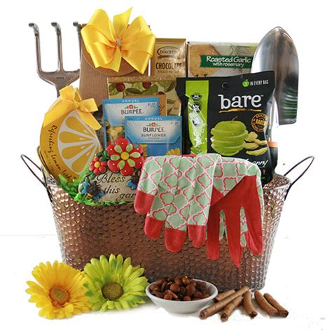 gift ideas for a gardener gardening gift baskets madness gardening gift