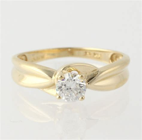 engagement ring cubic zirconia 14k yellow gold by