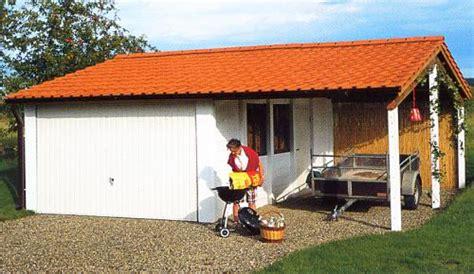 Carport Mit überdachung Des Eingangs by Carport Fertiggarage Kombination Mit Quersatteldach