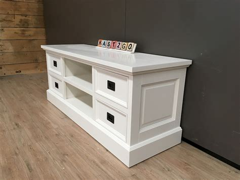 tv dressoir finn tv meubel finn wit wit 135 kast2go
