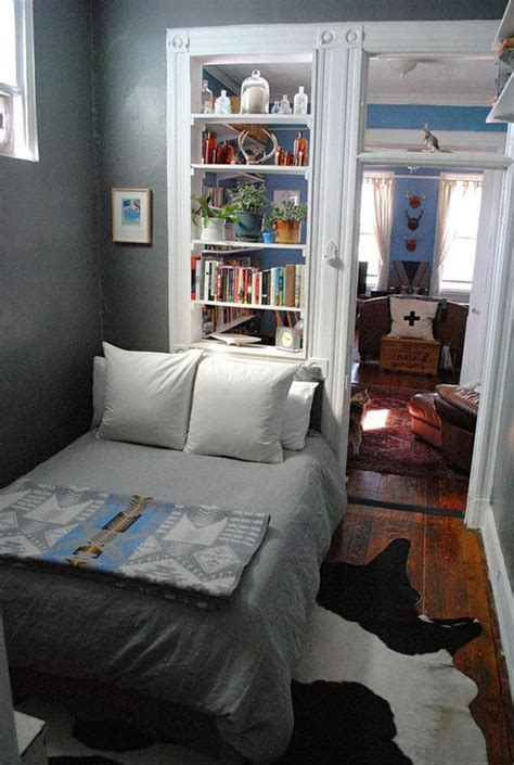 Bedroom Decorating For Small Rooms