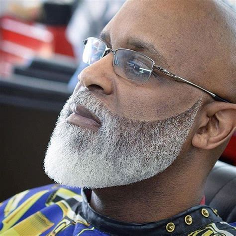 black barbers cutting black mens beards 1000 images about barbershop fresh cuts on pinterest