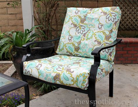 Recover Your Outdoor Cushions No Sewing Kidsncoupons How To Make Outdoor Furniture Cushions
