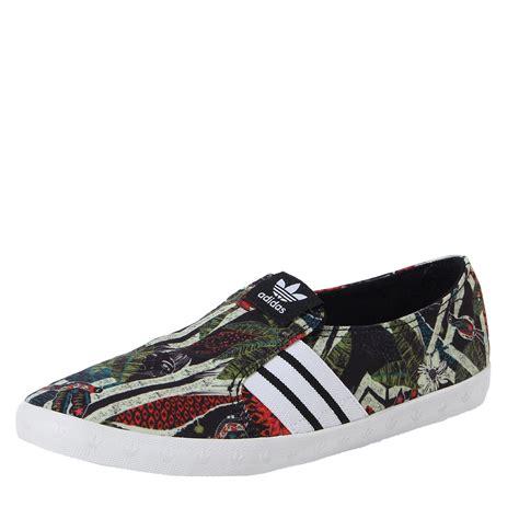 Adidas Slip On Ungu adidas slip on stripes