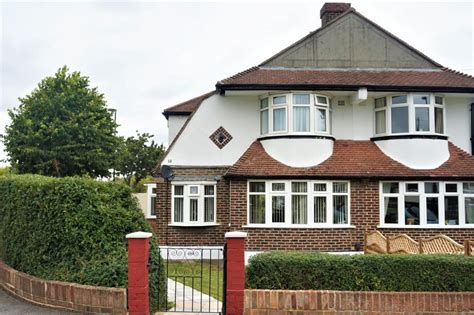 3 bedroom houses for sale in shirley croydon 3 bedroom semi detached house for sale in woodmere avenue