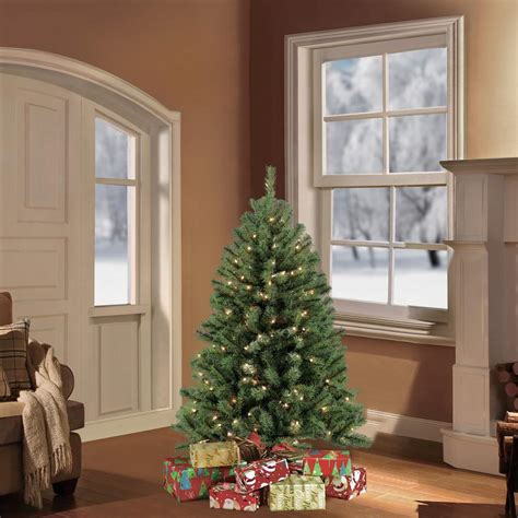 best 4 foot christmas tree puleo 4 5 ft pre lit northern fir artificial tree with 250 clear lights 277 nfg 45c25