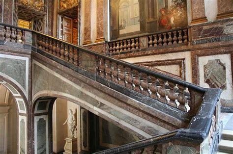Re Escalier 264 l appartement des polignac 224 versailles