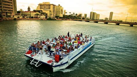 catamaran recife olha recife oferece passeio de catamar 227 local diario