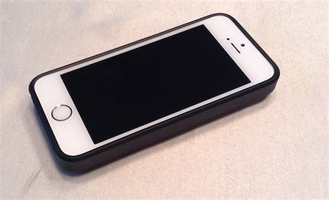 iluv selfy iphone 5 5s sports a built in remote