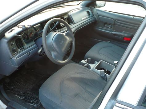 Ford Crown Interior by 2000 Ford Crown Interior Pictures Cargurus